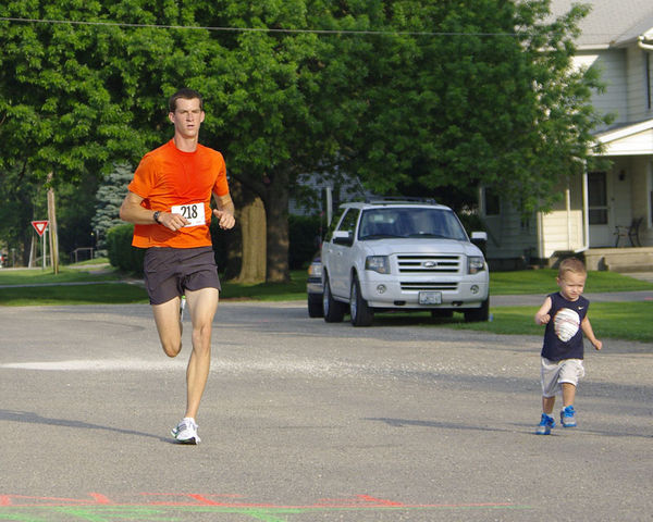 5K race photo finish!...