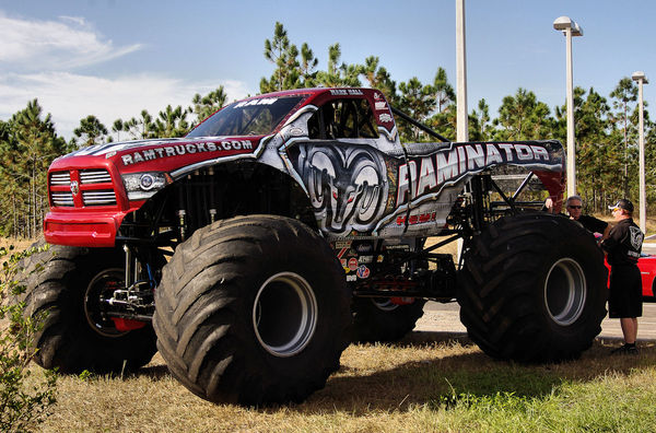 Posner Park Dodge >> Dodge Raminator Monster Truck