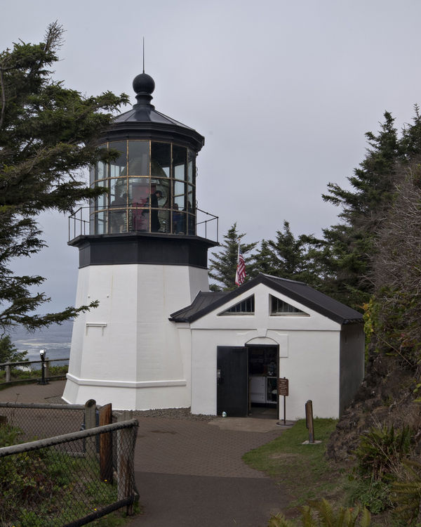 how to get to cape meares lighthouse