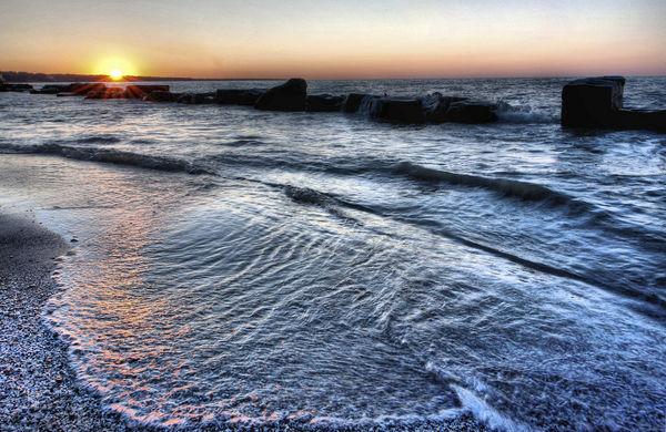 Lake Erie, Ohio; Nikkor 14-24mm (Nikon D700 FX)...