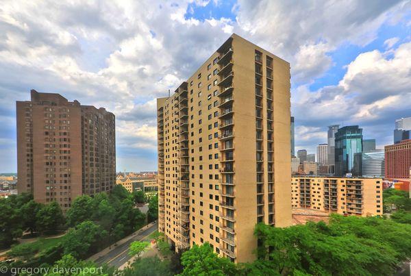 Minneapolis : Nikon D700 FX / Nikkor 14-24mm f/2.8...
