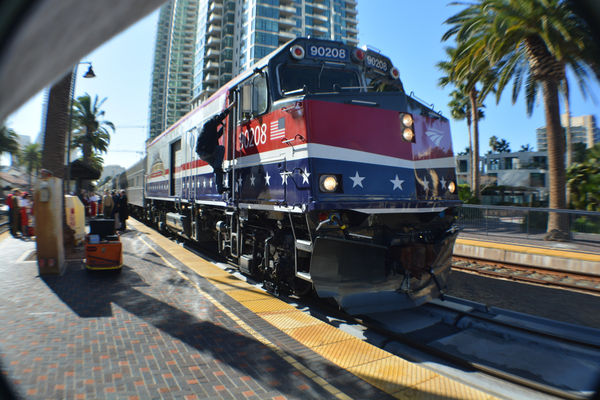 how to get from san diego to lax by train