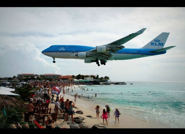 Some Great Airplane Pictures And Some Unusual Ones