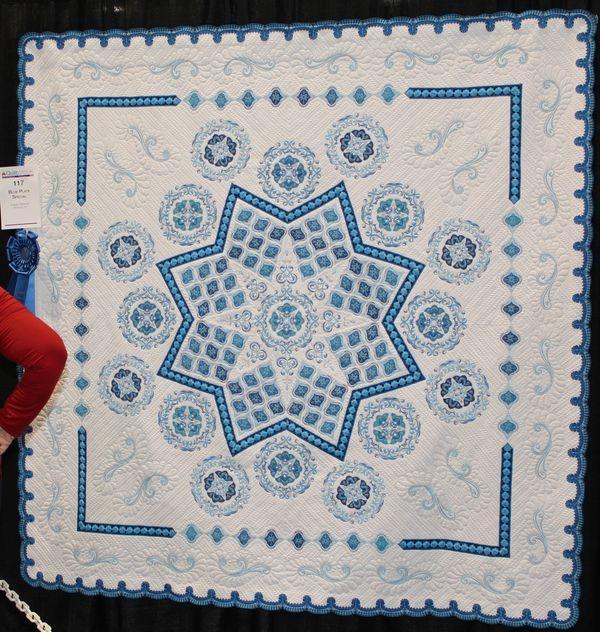 Trip to Florida, post #31 – Quilts at the AQS Quilt Show, Daytona ... : aqs quilt show - Adamdwight.com