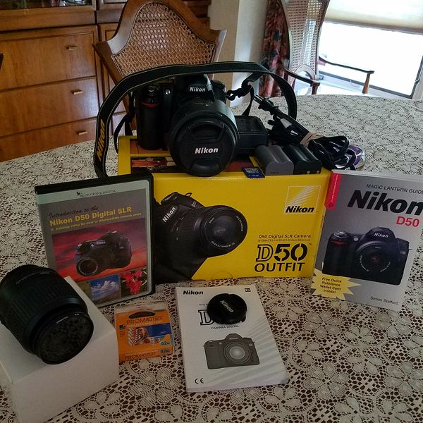 sold nikon d50 18 55 lens 18 200vr lens extras sold rh uglyhedgehog com Manual Guide Cover Pcoket Guide
