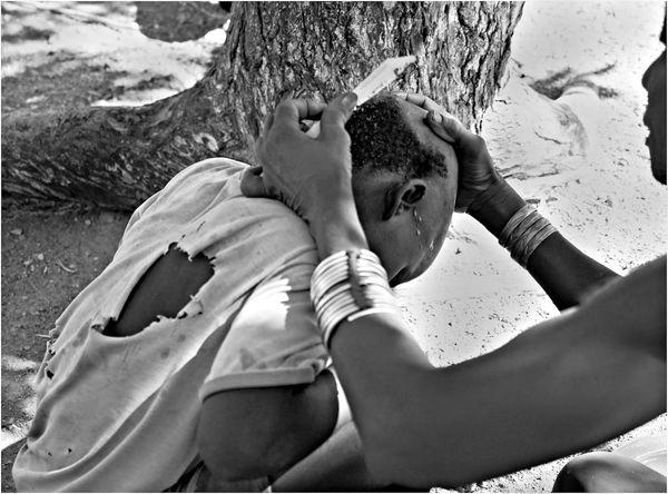 4 Haircut Himba style...