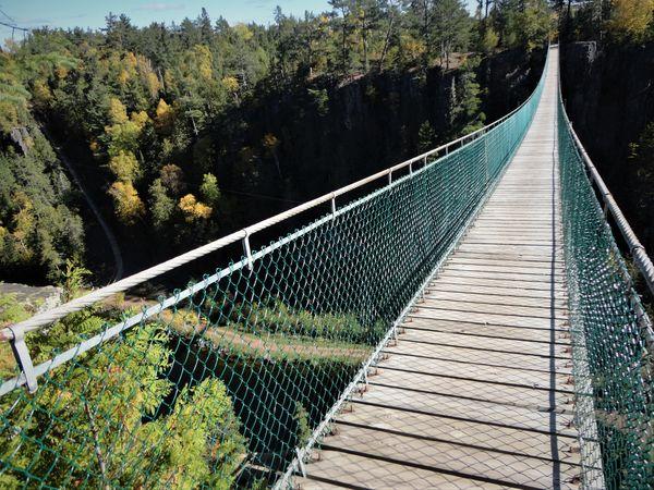 (4) Eagle Canyon, Onterio, Canada.  Home of Canada...