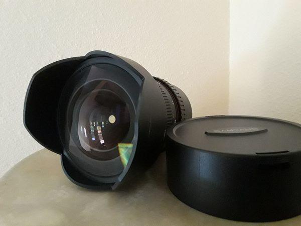 Samyang 14mm f/2 8 ED AS IF UMC with Fuji XF mount
