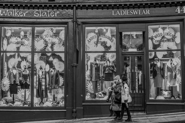 Strolling down Victoria Street, Edinburgh...