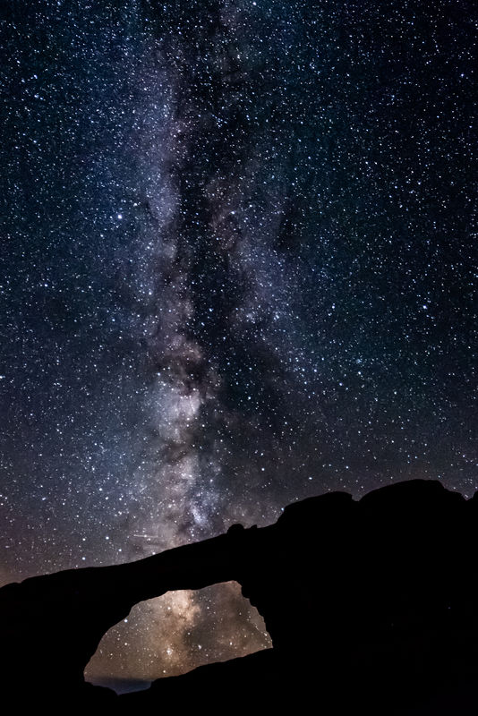 The Milky Way Over Skyline Arch...