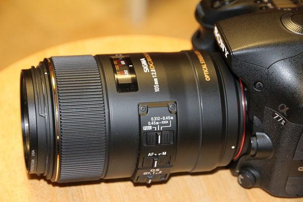 Sigma EX 105 f2.8 OS HSM Macro...