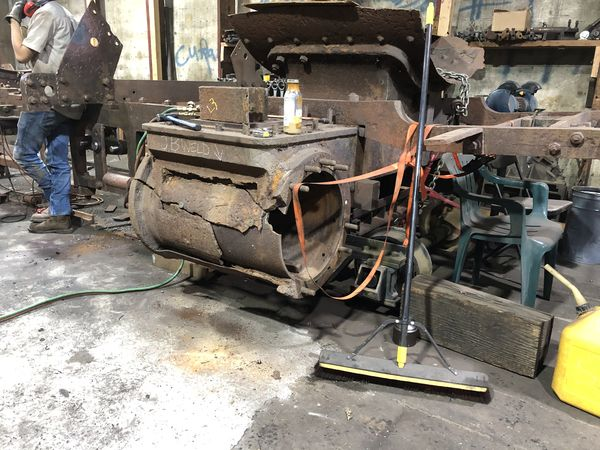 5. The cylinder damage is severe, to me. Stathi  i...