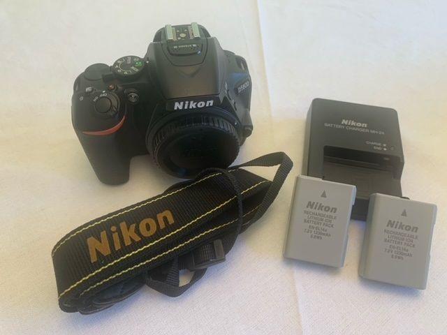 Nikon D5600...