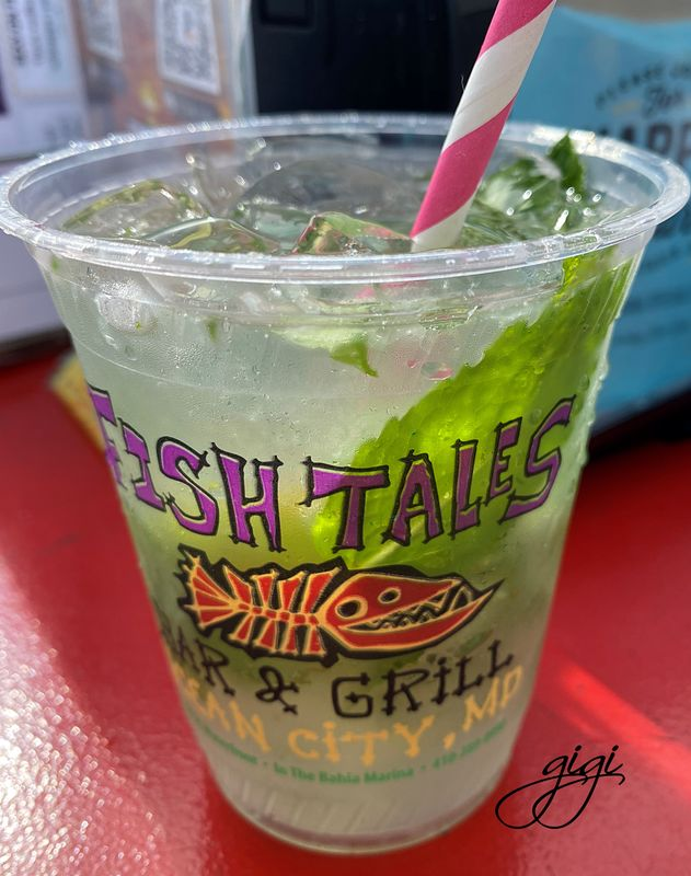 Skinny Coconut Mojito for lunch on the Bay to star...