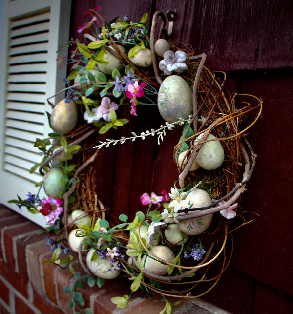 Easter wreath blooms no matter what!...