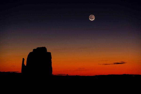 Moon at Monument Valley, Arizona Before Sunrise...