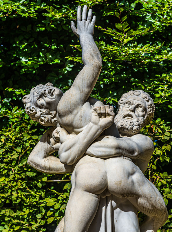 8 - Close view of the statue of Hercules (Heracles...