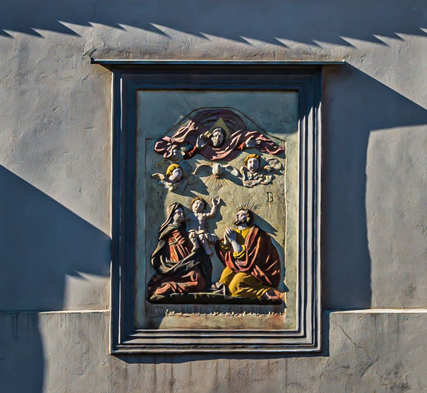 5 - Decorative plaque of the Holy Family...