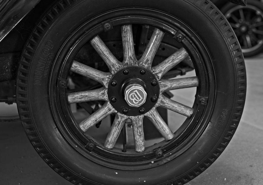 DB on the hub cap suggests that this wheel belongs...